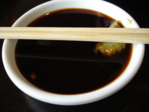 Soy_sauce_with_wasabi